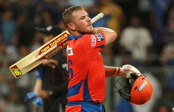 फिंच का खुलासा: सिर्फ इस खिलाड़ी की वजह से फिंच को गवानी पड़ी टी-20 की कप्तानी 6