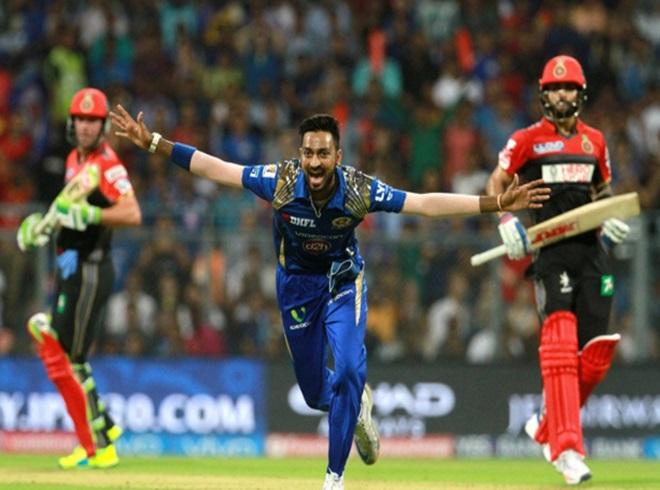 मुंबई बनाम आरसीबी के मुकाबले में बनें ये आंकडे 4