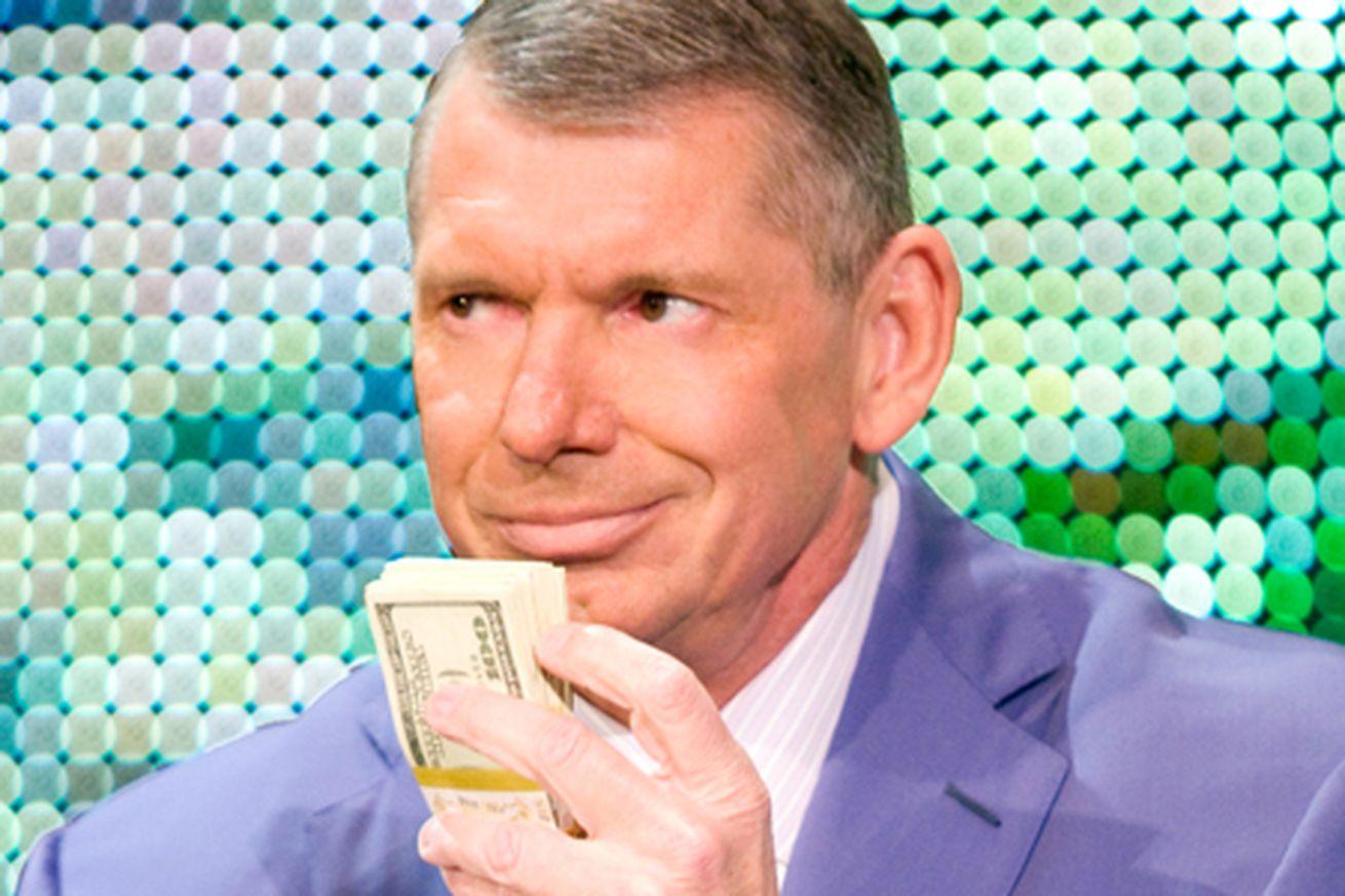 WWE के आखिरकार आये अच्छे दिन, इस इवेंट की टिकटों के लिए फैन्स के बीच चल रही है मारामारी 16