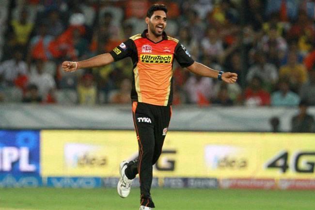 मलिंगा या नारायण नहीं बल्कि इस भारतीय गेंदबाज़ को मुथैया मुरलीधरन ने बताया आईपीएल का सर्वश्रेष्ठ गेंदबाज़