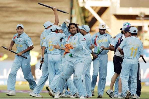 धोनी के साथ ही इस खिलाड़ी ने किया था डेब्यू, लेकिन खेल सका सिर्फ 4 मैच, फिर भी बना गया धोनी को भारतीय टीम का कप्तान 2