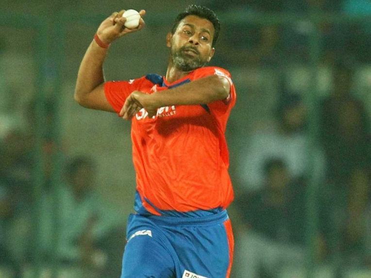 IPL 11: इन पांच गेंदबाजो ने आईपीएल के इतिहास में डाले हैं सबसे ज्यादा मेडन ओवर, टॉप 5 में हैं भारतीय गेंदबाजो का दबदबा 1