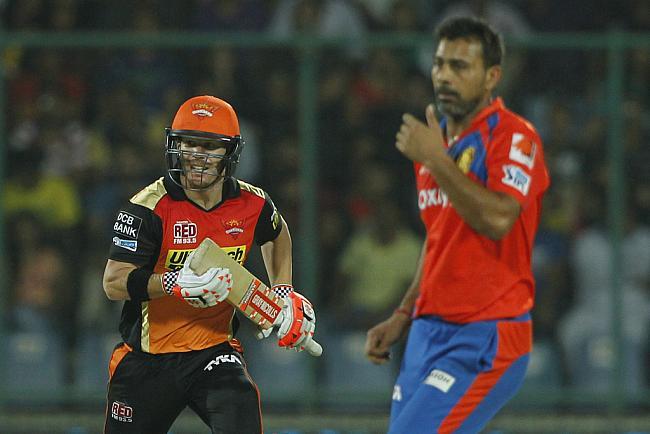ट्वीटर रिएक्शन: गुजरात को हरा फाइनल में पहुँचा हैदराबाद प्रशंसकों ने ट्वीटर पर मनाया जश्न 9