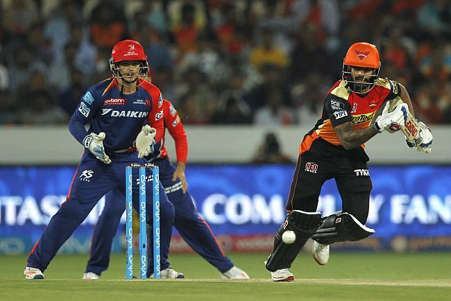 ट्वीटर रिएक्शन: दिल्ली जीती, लेकिन मैच से ज्यादा मजा ट्वीटर यूजर्स ने लिया 14