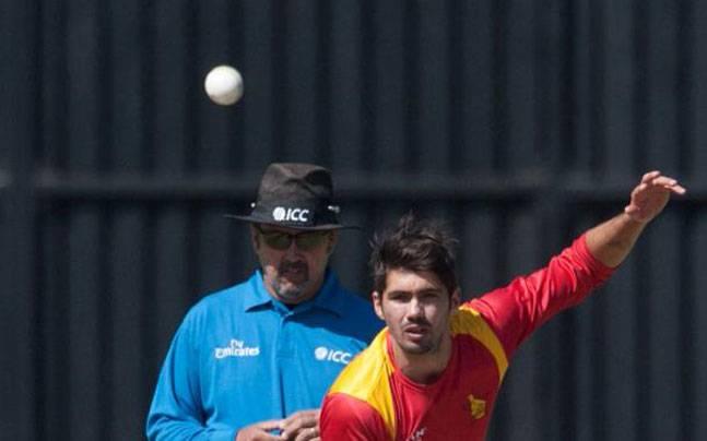 इंटरनेशनल क्रिकेट में कप्तानी कर चुके इस खिलाड़ी का घर चलाती है पत्नी, वो करते हैं घर में बच्चों की देखभाल 7