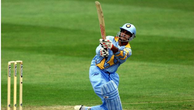 वनडे इतिहास में सबसे अधिक छक्के मारने वाले 10 बल्लेबाज 15