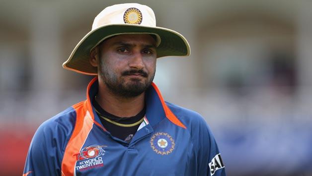 भारत पर जीत से उत्साहित ऑस्ट्रेलियाई दिग्गजों ने हरभजन सिंह का उड़ाया मज़ाक 7