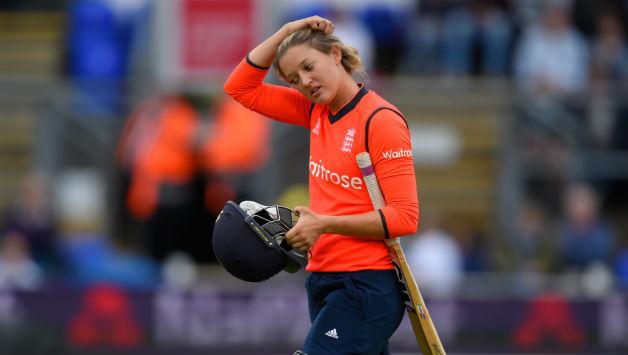 कुछ मानसिक चिंता की वजह से लेना पड़ा क्रिकेट से आराम: सराह टेलर 5