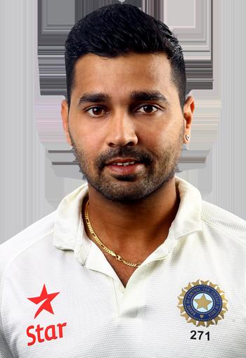 मुरली विजय बल्लेबाजी छोड़ बन गये हैं गेंदबाज, खूब चटका रहे हैं विकेट