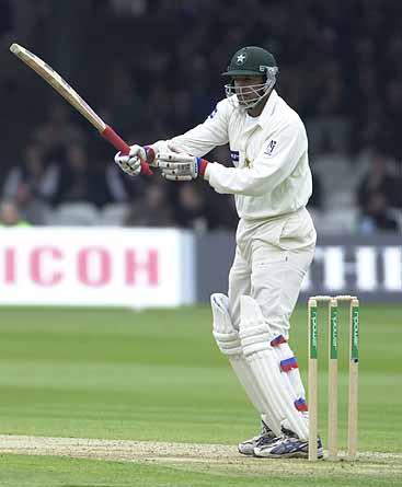 गेंदबाजो द्वारा बनायें गए बल्लेबाजी के 5 बड़े रिकॉर्ड 3