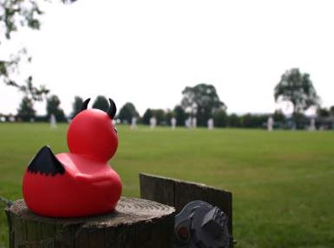 जानें आखिर शून्य पर आउट होने बल्लेबाज को क्यों कहते हैं 'डक' 1