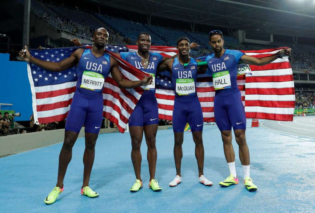 रियो ओलम्पिक (रिले) : अमेरिका ने जीता 4 गुणा 400 मीटर का खिताब 1