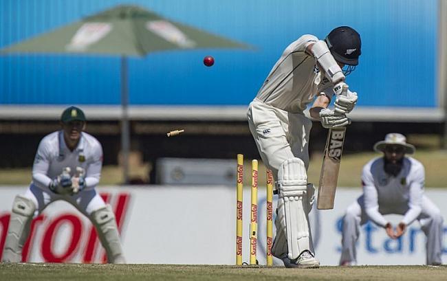 सेंचुरियन टेस्ट : दक्षिण अफ्रीका ने न्यूजीलैंड को 204 रनों से हराया 15
