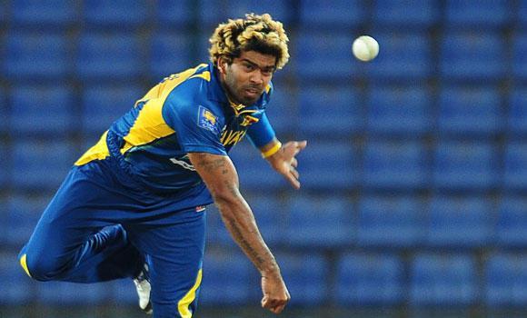श्रीलंकाई तेजगेंदबाज लसिथ मलिंगा ने अपने ही देश के खेल मंत्री की बोलती किया बंद, कहा जितना पता है उतना ही बोलो 4