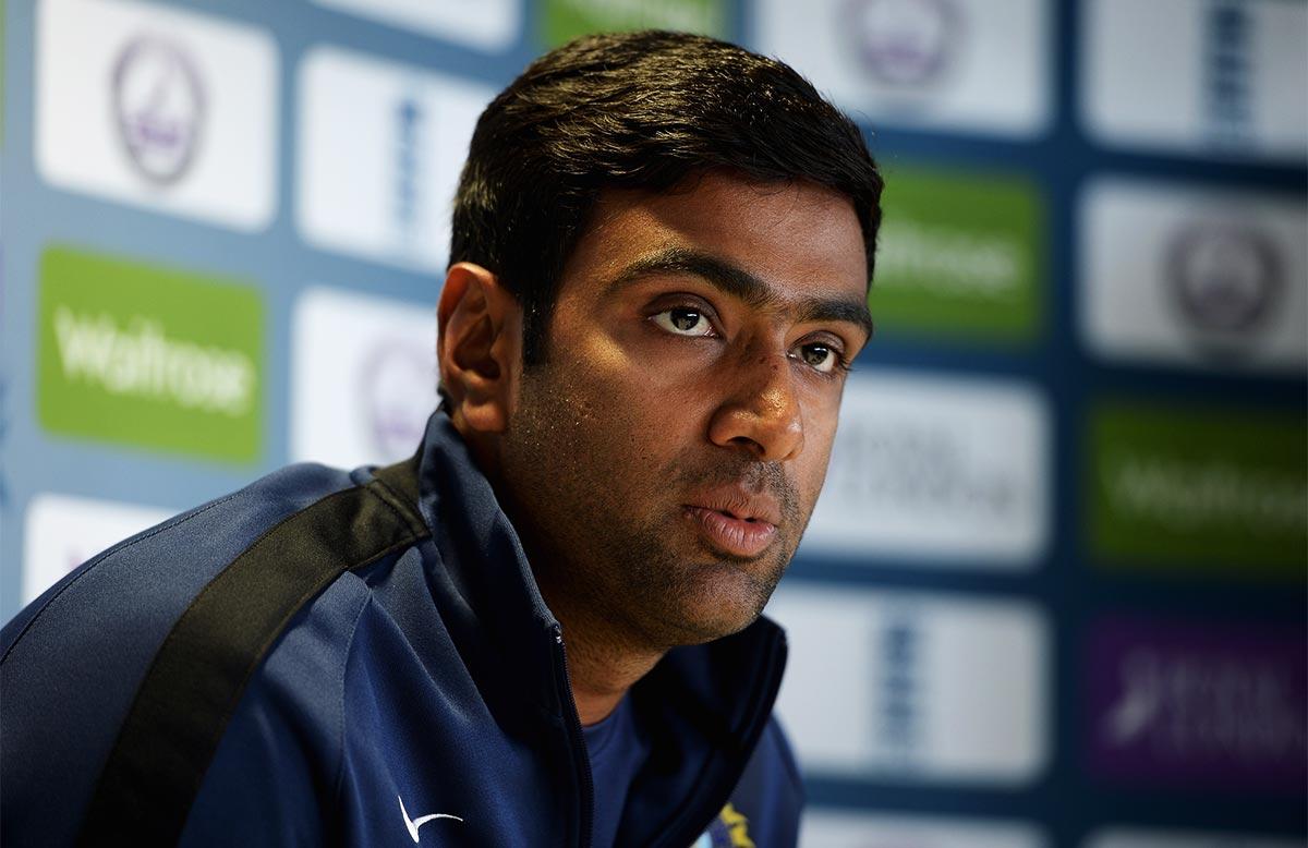 वनडे सीरीज के लिए धोनी की कप्तानी में जगह न बना पाने वाले अश्विन का आया बड़ा बयान 14