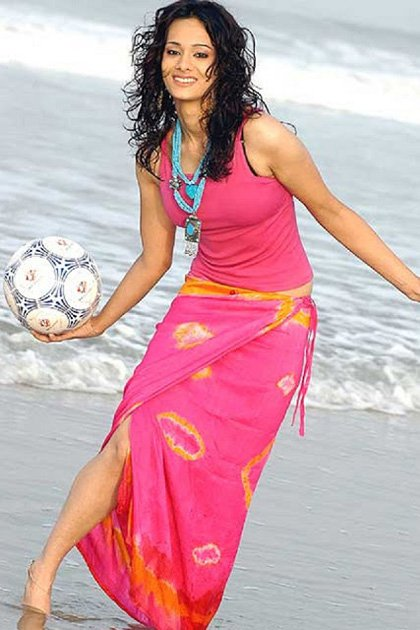 25-photos-of-hottest-sports-journalist-mayanti-langer-indian-tv-anchors-1