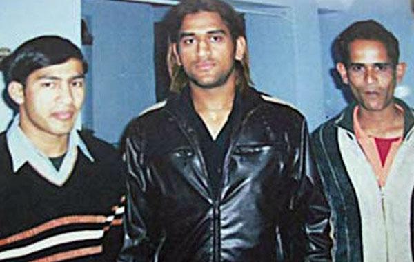 महेंद्र सिंह धोनी के भाई का उनकी बायोपिक में न होने पर आया बड़ा बयान कहा.... 1