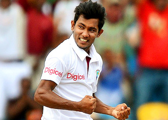 सचिन तेंदुलकर का गेंदबाजी स्ट्राइक रेट विश्व के इन 5 सफल गेंदबाजों से भी रहा है बेहतर 1