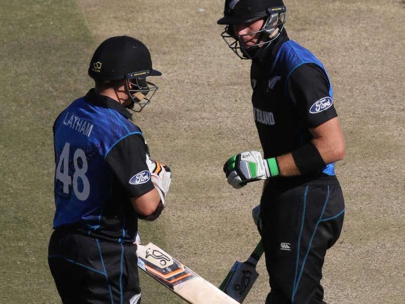 दूसरे वन डे से पहले न्यूज़ीलैण्ड को लगा बड़ा झटका, इन्फॉर्म बल्लेबाज़ हुआ चोटिल 14