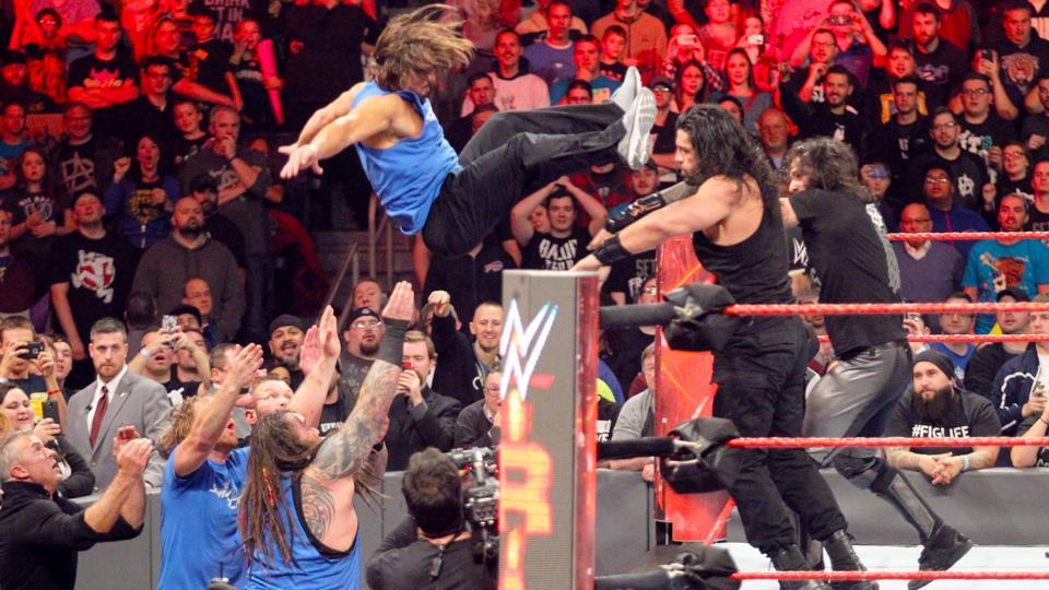 WWE RAW रिजल्ट, 14 नवम्बर 2016 3