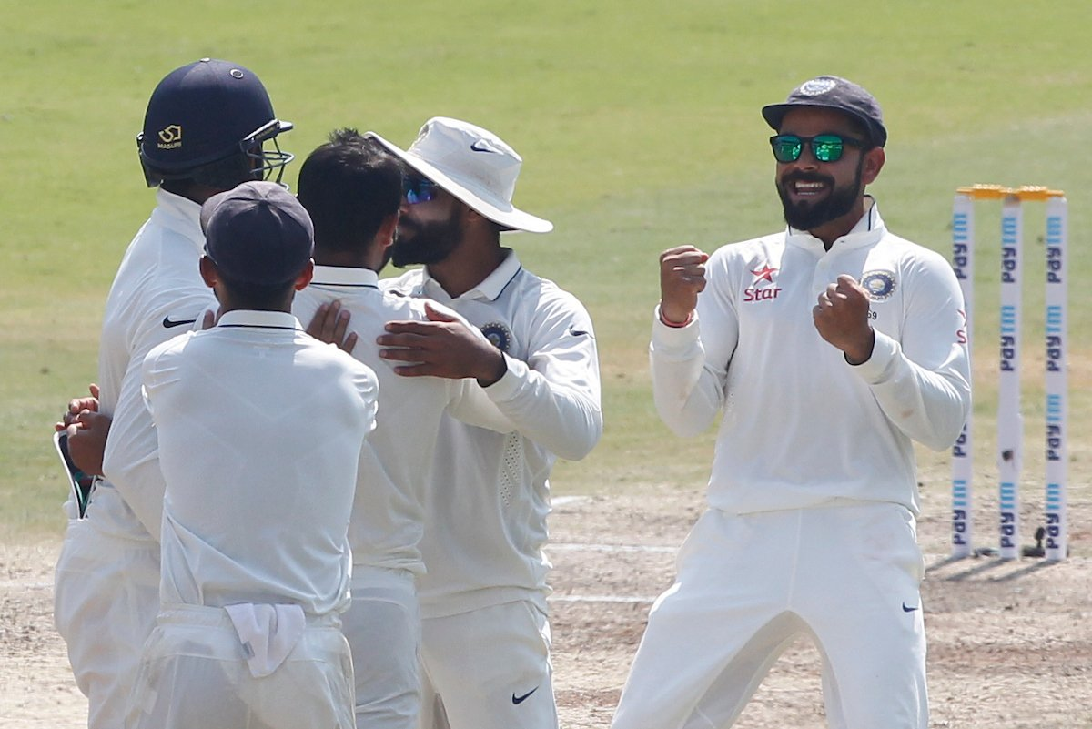 विशाखापत्तनम टेस्ट मैच में जीत के बाद सर रोहित शर्मा ने उड़ाया अंग्रेजो का मज़ाक