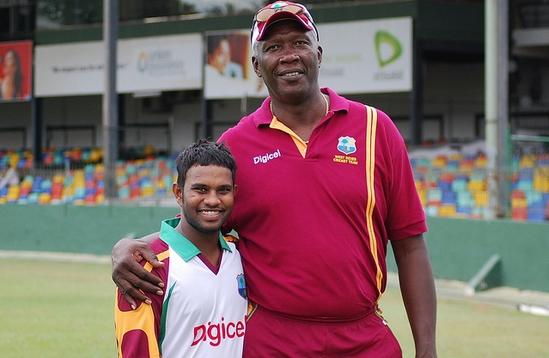 ये है क्रिकेट इतिहास के 5 सबसे लम्बे कद के खिलाड़ी, लम्बाई जानकर आपको भी होगी हैरानी 7