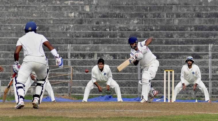 रणजी ट्रॉफी : झारखंड की सौराष्ट्र पर एक पारी और 46 रनों की जीत 14