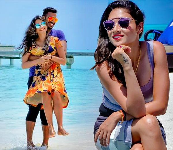 मनोज तिवारी की पत्नी सुष्मिता रॉय है खुबसुरती की मिशाल, देखे pics