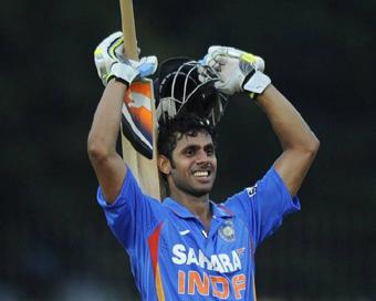 शतक बनाने के बाद भी इस भारतीय खिलाड़ी को कर दिया गया था प्लेइंग इलेवन से बाहर 5