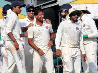 रणजी ट्रॉफी : महाराष्ट्र जीत के करीब 12
