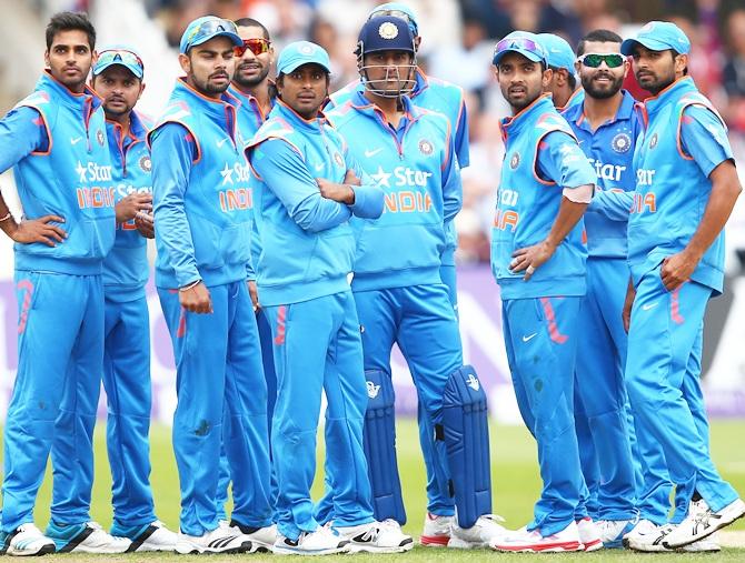बड़ी खबर : टीम इंडिया को वनडे सीरीज से पहले लगा बड़ा झटका, दिग्गज खिलाड़ी हुआ बाहर 1