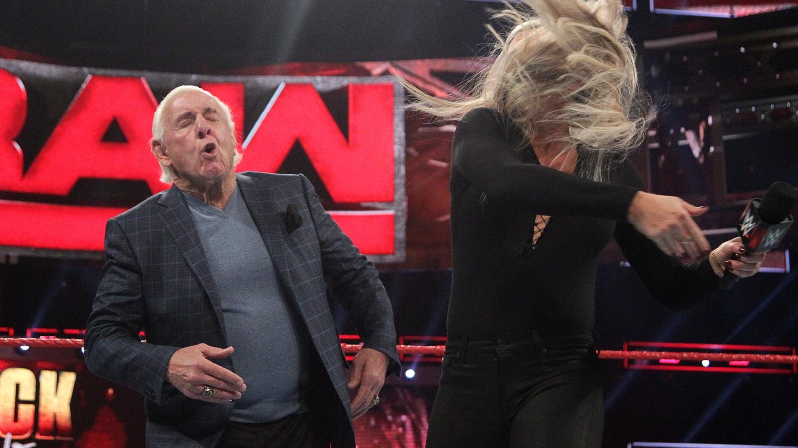 WWE RAW रिजल्ट : 6 दिसंबर 2016