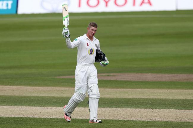 मुंबई टेस्ट : पदार्पण टेस्ट में जेनिंग्स का शतक, इंग्लैंड मजबूत 1