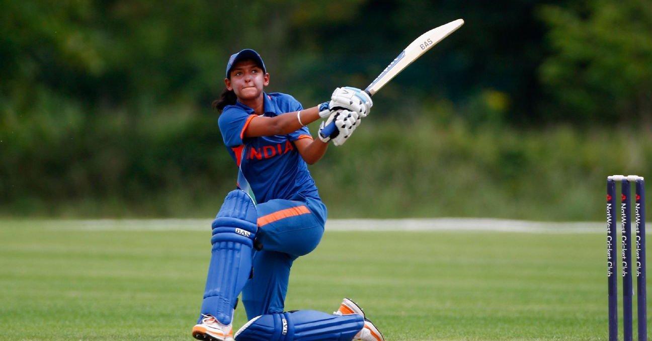महिला विश्वकप फाइनल: सचिन और कोहली नही बल्कि इस खिलाड़ी के आउट होने के बाद टीवी बंद कर देती थी हरमनप्रीत कौर 14