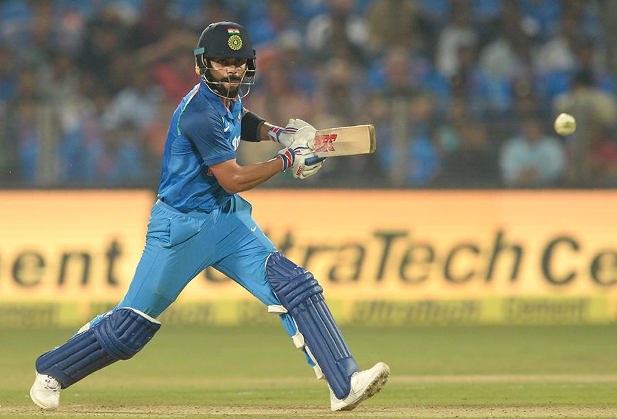 एकदिवसीय में बतौर कप्तान सबसे ज्यादा शतक लगाने वाले 5 भारतीय कप्तान 1