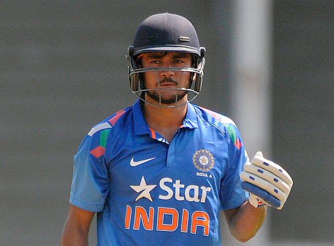 साउथ अफ्रीका के खिलाफ तीसरे वनडे में भारतीय टीम में होंगे 2 बदलाव, लम्बे समय बाद इस स्टार खिलाड़ी की होगी टीम में वापसी 5