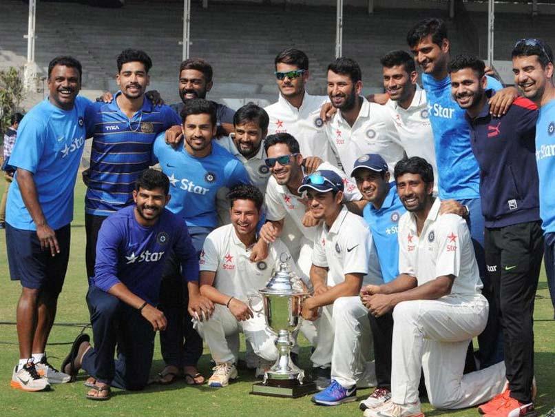 इंडिया ए और अंडर- 19 टीम के ट्रेनर राजेश सावंत मुंबई के एक होटल में मृत पाए गए