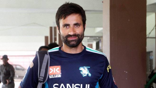 जम्मू-कश्मीर से भारत के लिए खेलने वाले एकमात्र खिलाड़ी परवेज रसूल ने जम्मू-कश्मीर की टीम को लेकर दी अपनी प्रतिक्रिया 6
