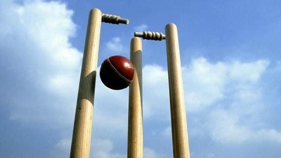 इस 20 वर्षीय तेज गेंदबाज ने एक मुर्दाघर में रात बिताने के बाद अगले दिन लिया हैट्रिक 6