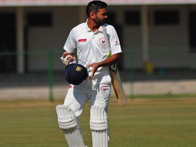 रणजी ट्राफी जीतने के बाद अक्षर पटेल ने पार्थिव पटेल नहीं बल्कि इस विश्वकप विजेता गेंदबाज़ को दिया जीत का श्रेय 1