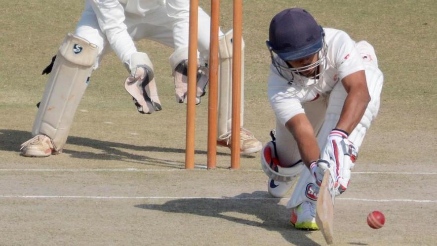 रणजी ट्रॉफी : गुजरात ने झारखंड की आधी टीम को पवेलियन लौटाया