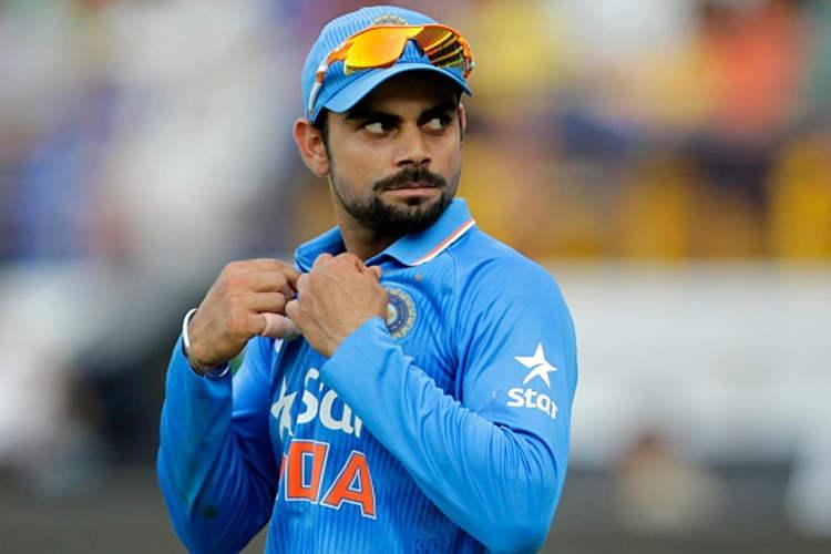 जीत के नशे में विराट कोहली कर गए ऐसी शर्मनाक हरकत जिसकी अपेक्षा किसी भी भारतीय फैन को नहीं थी 1