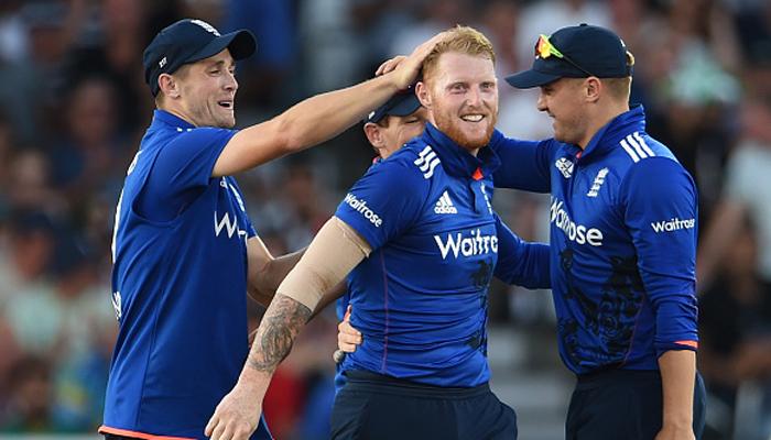 आईपीएल खेलने पर इंग्लैंड के इस दिग्गज खिलाड़ी को हो सकता है भारी नुकसान 13