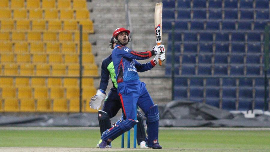 मोहम्मद नबी ने रचा इतिहास आईपीएल में खेलने वाले पहले अफगानिस्तानी खिलाड़ी बने 1