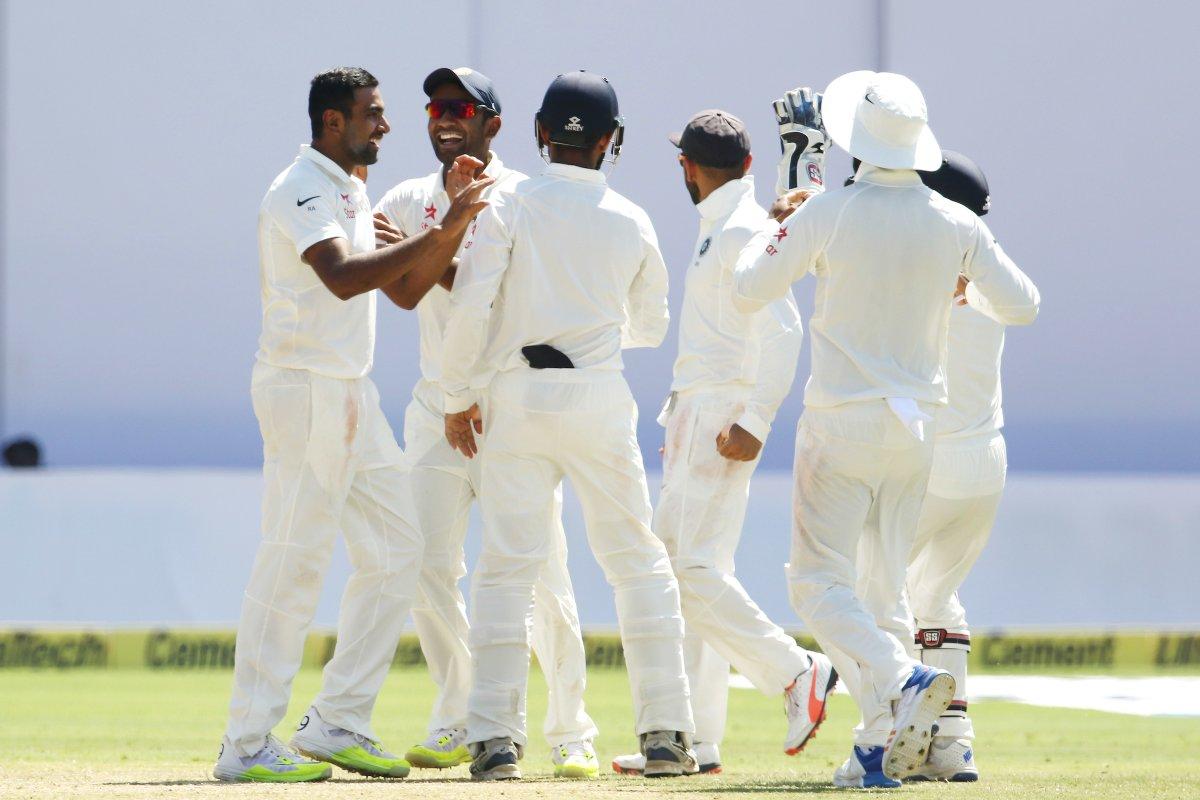 इस पूर्व भारतीय खिलाड़ी ने बताया बल्लेबाज नहीं, स्पिन गेंदबाज हैं इस हार के दोषी 4