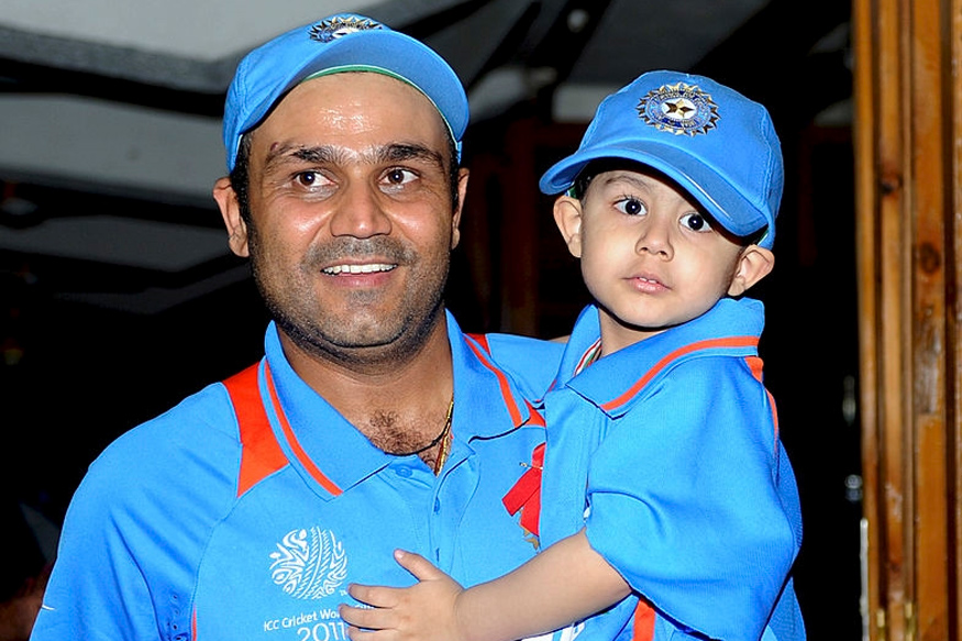 वीरेंद्र सहवाग ने साझा की अपनी और अपने बेटे की एक बचपन की खास तस्वीर 1