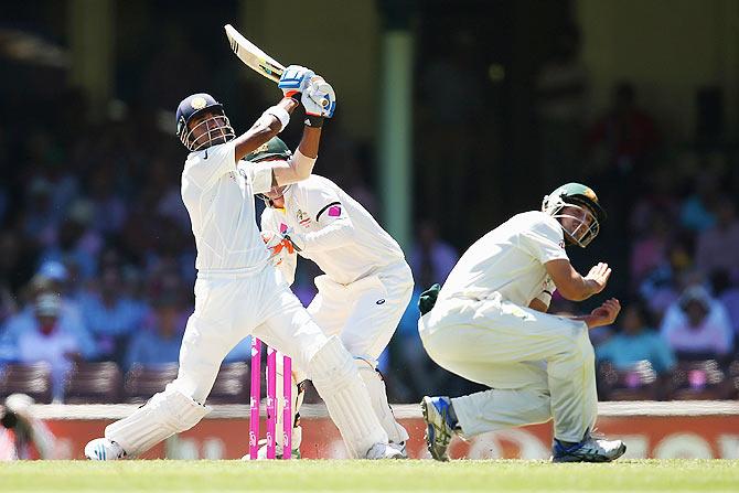IND VS AUS: लंच रिपोर्ट: मेजबान भारतीय टीम को पहले ही सत्र में लगे दो बड़े झटके 1