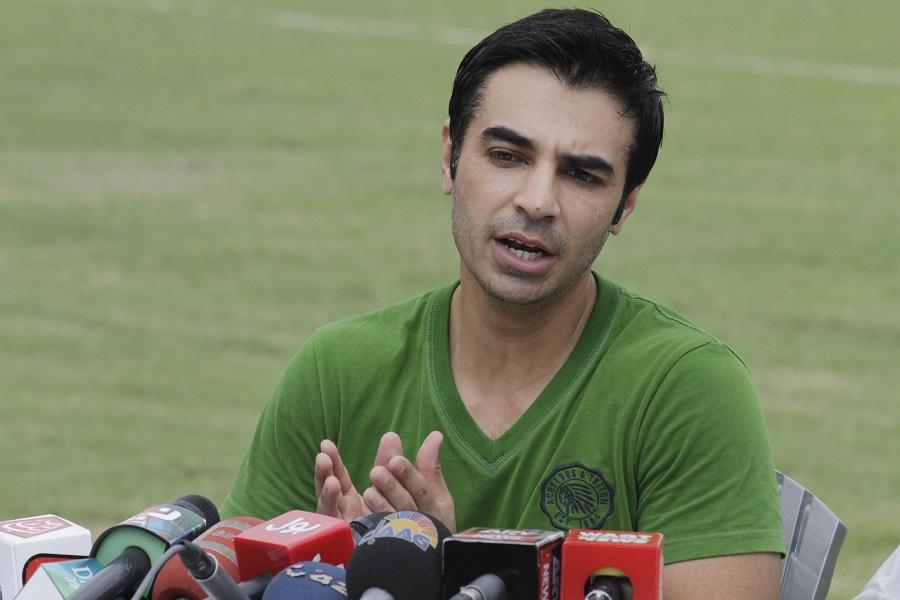 सलमान बट एक बार फिर पाकिस्तान टीम में छा जाने को तैयार..इस कारण लगा था ख़त्म हो चुका है करियर 8