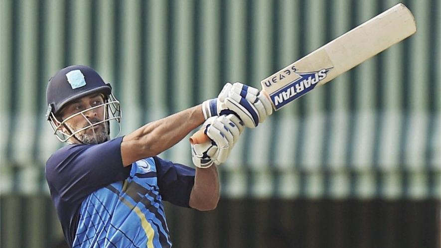 सौरव गांंगुली ने महेंद्र सिंह धोनी के खिलाफ मनोज तिवारी के साथ मिलकर बनाया था रणनीति, अनजान धोनी को खोना पड़ा मैच 1