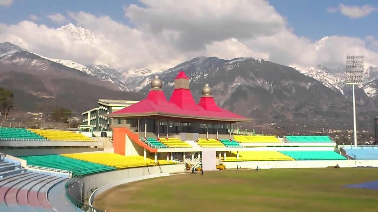 बीसीसीआई पर एक बार फिर चली सुप्रीम कोर्ट की छड़ी, भारत-ऑस्ट्रेलिया मैच की मेजबानी के लिए धर्मशाला को 2.5 करोड़ रुपये देने का दिया आदेश 1
